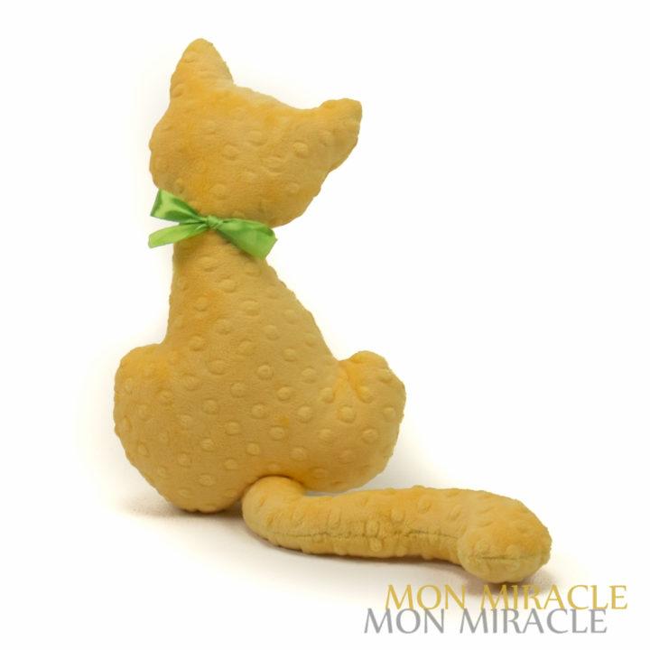 żółty kotek MInky przytulanka